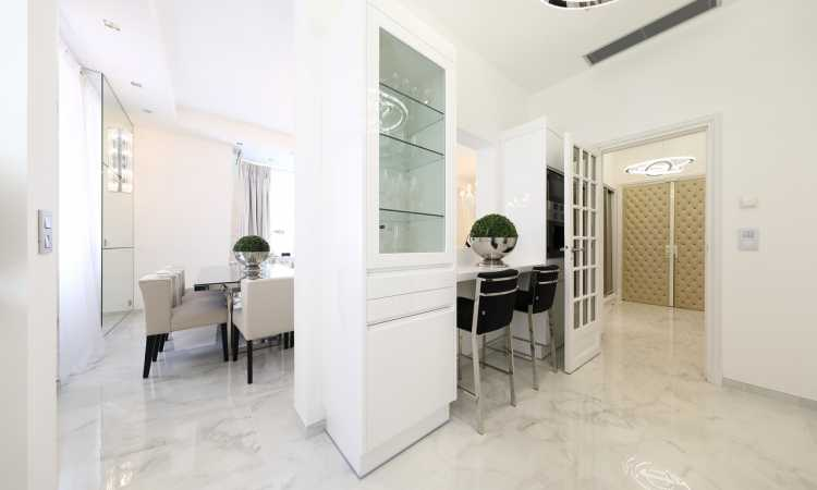 Gallery Stylish Apartment for sale 17