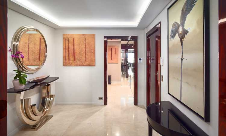 Gallery APPARTEMENT LUXUEUX DE 4 15