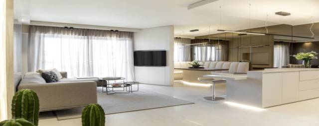 Gallery LUXURIOUS 4-ROOM FAMILY APARTMENT 3